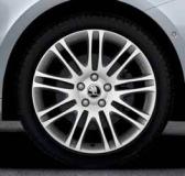 Leichtmetallrad Luxon in silber 7,5J x 18