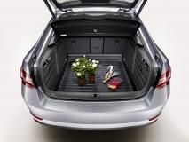 Kofferraumwanne mit erhöhtem Rand Superb III Limousine