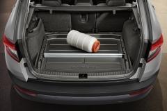 Kofferraumwanne mit erhöhtem Rand