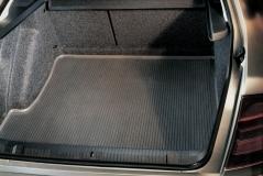 Kofferraummatte aus Gummi Octavia 1 Lim.