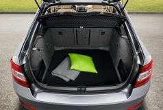 Textilmatte für Kofferraum Premium Octavia III Combi